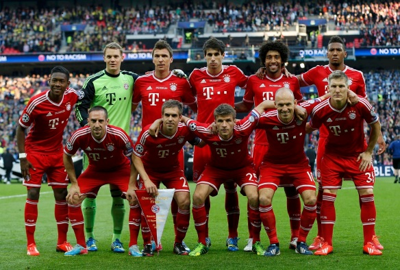 The Bayern Munich starting squad poses before the Champions League Final soccer match against Borussia Dortmund at Wembley Stadium in London